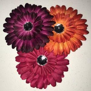 NWOT Set of 3 Fall Flower Gem Hair Clips